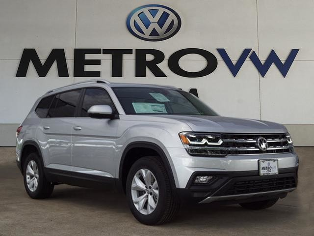 New 2018 Volkswagen Atlas SE with Technology